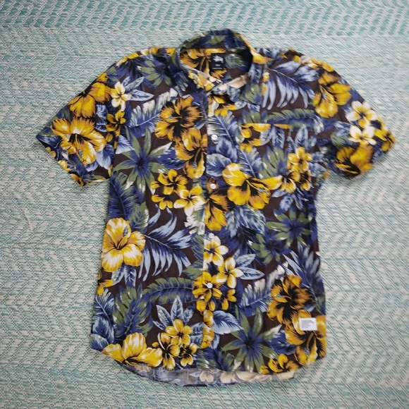 a62656d89 Stussy Shirts | Floral Hawaiian Button Shirt Size Large | Poshmark